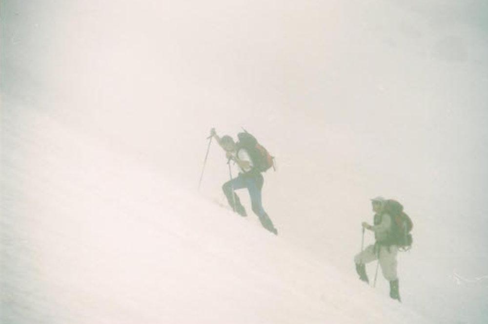 013 Elbrus Marco e James climbing.jpg