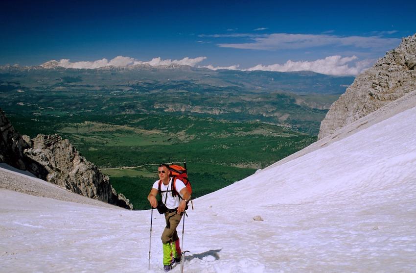 122 034 Mt Sirente canalone Maiori.jpg