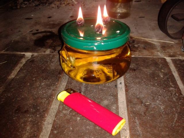 Lampade Ad Olio Per Esterni : Diy lanterna a olio riciclato avventurosamente