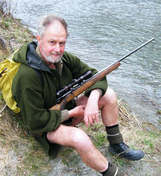 each_time_he_went_into_the_bush_queenstown_hunter__1081178290.JPG