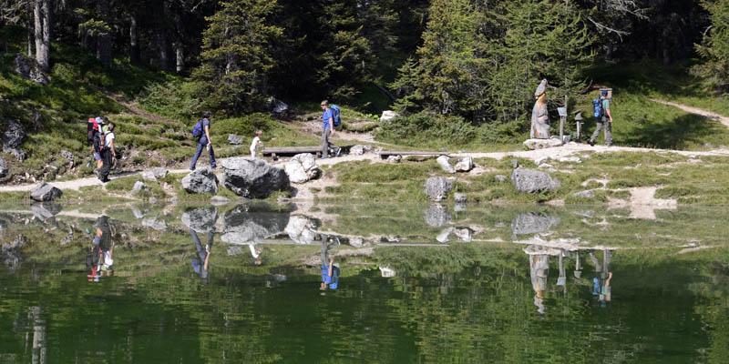 Lago_da_Lé_Montinvisibili.jpg