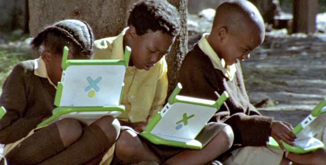 One-laptop-per-child_0.jpg